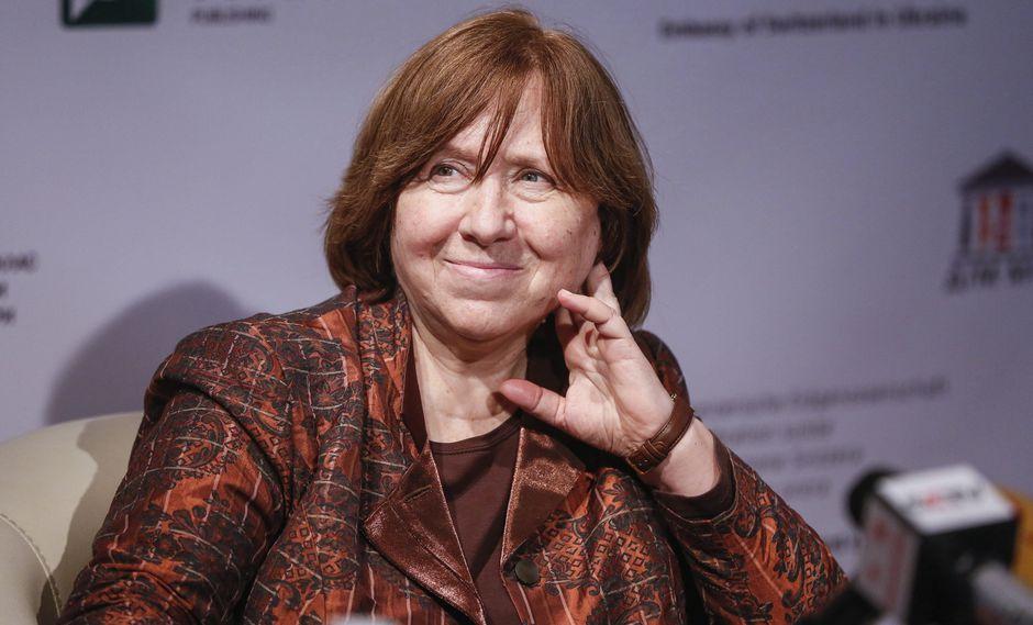Los representantes de la serie aún no han contestado a las interrogantes de la autora Svetlana Alexiévich por omitir su nombre y el de su obra. (Foto: EFE)