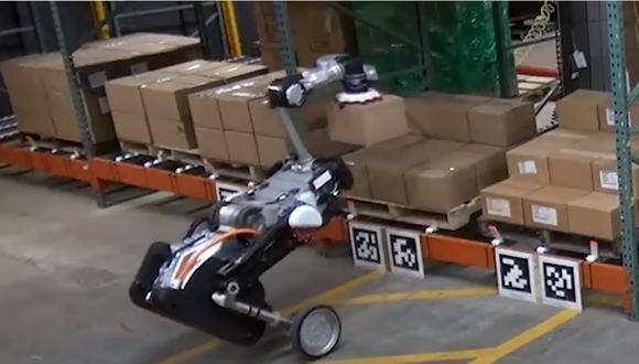 Robot diseñado para cargar paquetes