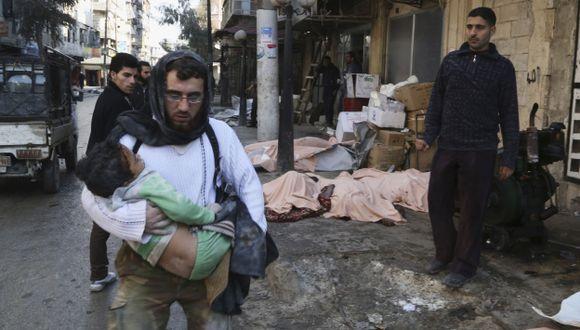 ZONA REBELDE. Régimen sirio señala que ataques fueron contra los terroristas ocultos entre los civiles. (Reuters)