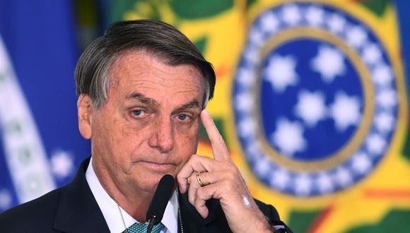 """Según reveló uno de sus hijos, el senador Flavio Bolsonaro, el mandatario """"llegó a ser intubado por precaución"""" cuando ingresó a una unidad de cuidados intensivos en Brasilia. (Foto: EVARISTO SA / AFP)"""