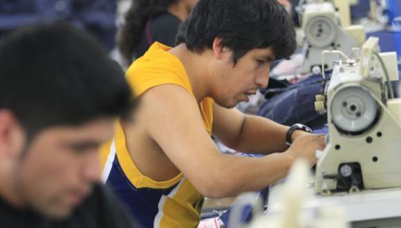 A TODA PRUEBA. Trabajadores buscan nuevas oportunidades. (USI)