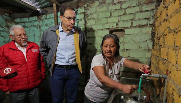 El presidente Martín Vizcarra declaró ante la prensa luego de inaugurar obras de agua potable en Ate. (Foto: Andina)