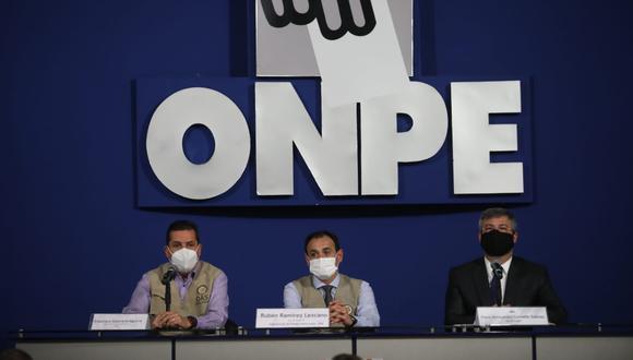 El jefe de la Onpe, Piero Corvetto, presentó a los integrantes de la Misión de Observadores de la OEA. (Foto: Britanie Arroyo / @photo.gec)