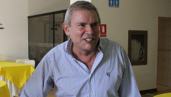 Luis Castañeda aún no se anima a lanzar su eventual candidatura municipal. (USI)
