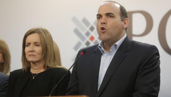 """El primer ministro Fernando Zavala solicitó al Congreso de la República una """"renovación de la confianza"""" al gabinete que preside. (Perú21)"""