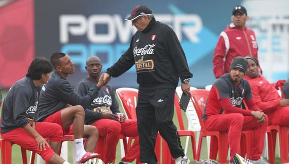 Sergio Markarián espera contar con su plantel completo en los próximos cotejos. (Peru21)