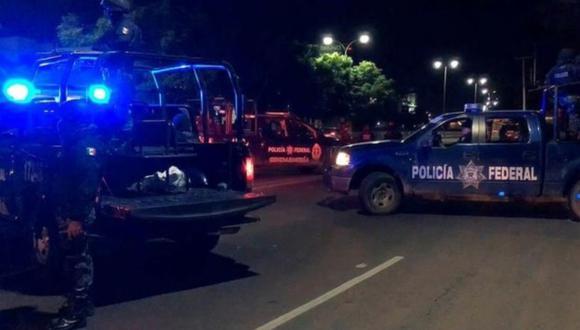 Un grupo armado llegó hasta el bar en Salamanca a bordo de tres camionetas. (Foto referencial: EFE)
