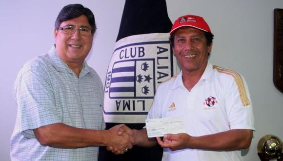 Cueto le pidió a Alarcón que le pague a los demás empleados del club íntimo. (Difusión)