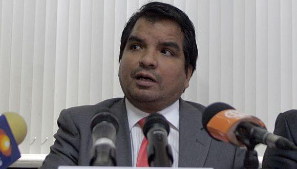 El procurador Julio Arbizu dijo que se trabaja para lograr su captura. (USI)
