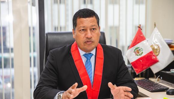 Omar Tello es fiscal superior y coordinador de las fiscalías anticorrupción del país. (Foto: GEC)