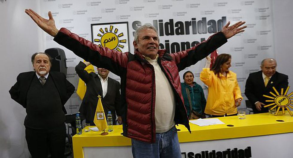 Luis Castañeda ganaría con 51.7%, según simulacro de votación de Datum. (Rafael Cornejo)