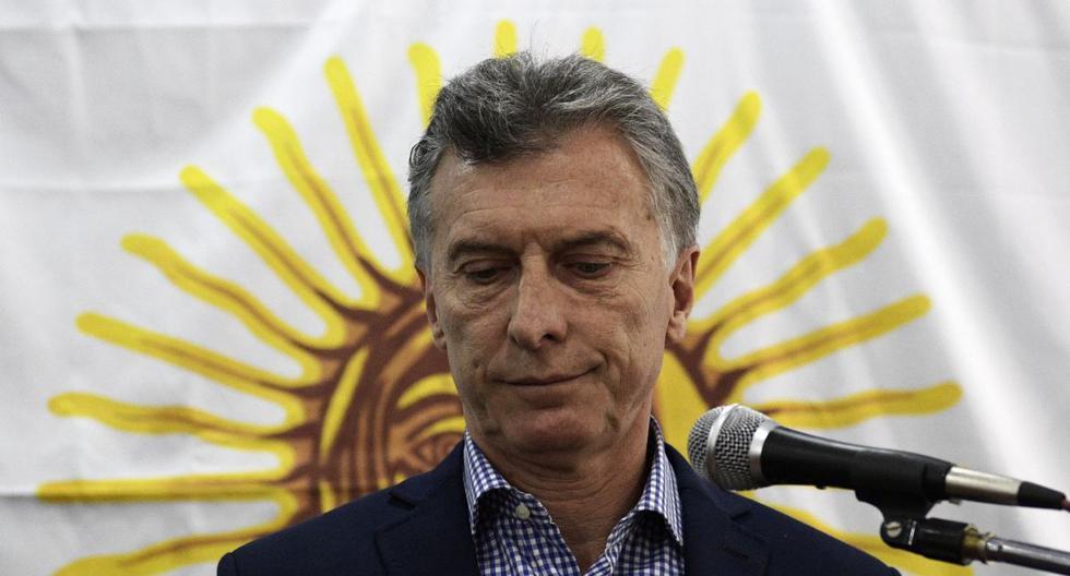 Denuncian espionaje a periodistas y piden indagar a Mauricio Macri en Argentina. (AFP PHOTO / JUAN MABROMATA)