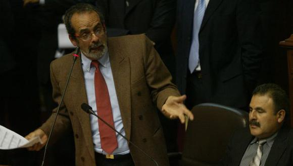 DEBIDO PROCESO. Congresistas afirman que Diez Canseco sí se defendió en Ética y en el Pleno. (Perú21)