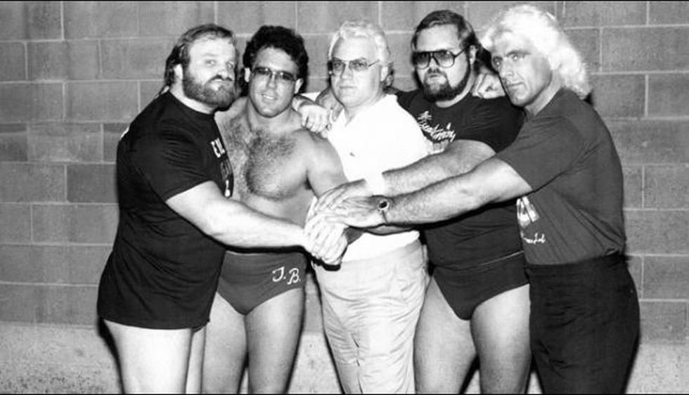 The Four Horsemen: Ric Flair, Arn Anderson, Ole Anderson, Tully Blanchard y JJ. Dillon. (WWE)