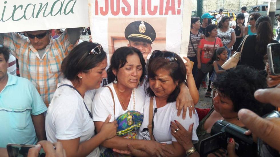 Familiares del PNP que abatió a presunto delincuente se encuentran mortificados por decisión del Poder Judicial. (Perú21)