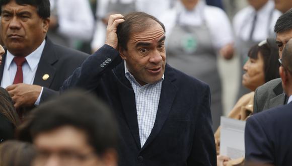 Lescano (Mario Zapata)