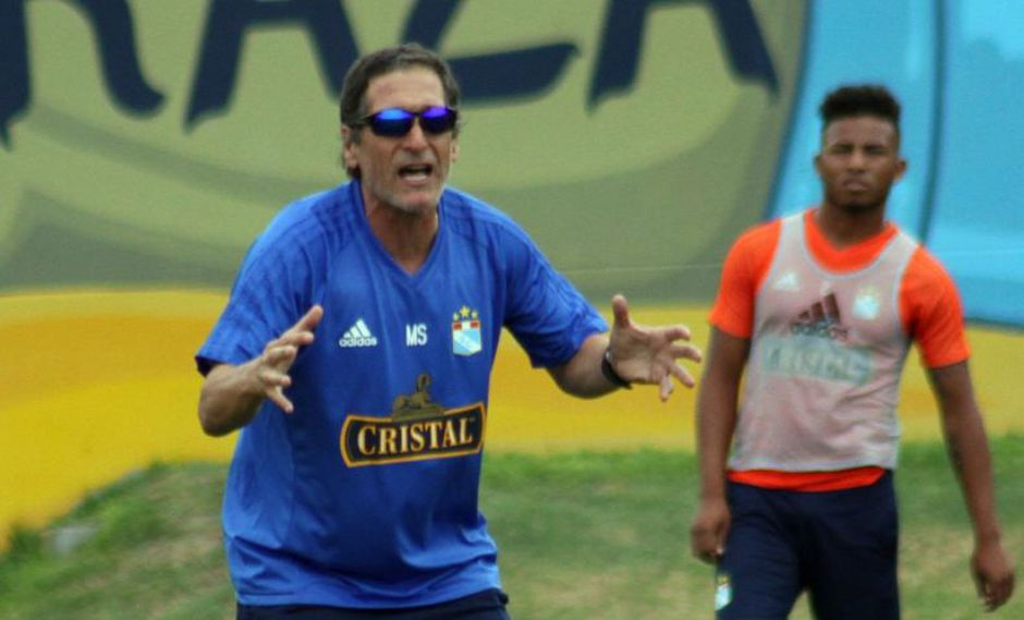 El zaguero Omar Merlo, último pedido de Mario Salas, firmará su incorporación a Sporting Cristal en las próximas horas. (@ClubSCristal)