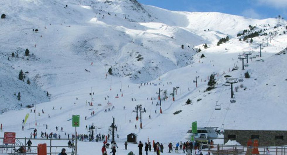 Las avalanchas en una pista señalizada son muy raras, puesto que suelen producirse en zonas fuera de sus límites. (Foto referencial: EFE)
