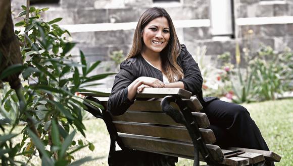 Mujer.21: Ana Romero, mujer de pasos fuertes. (Geraldo Caso/Perú21)