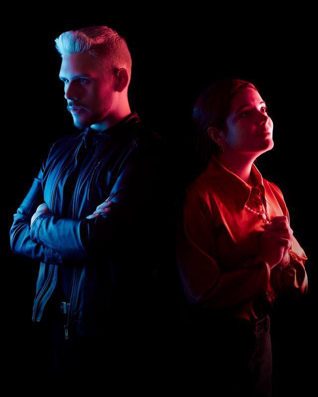 """""""ADN"""", dirigida por Víctor Prada, ha sido escrita por Jonathan Trucios Paucar. Actúan Jonathan Trucios y Daniella Pflucker."""