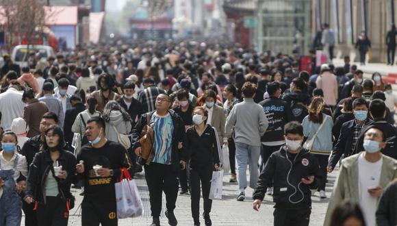 Los chinos siguen sometidos a un límite de dos hijos por familia y se alzan voces pidiendo suprimir esta barrera para fomentar la natalidad. (Foto: STR / AFP)
