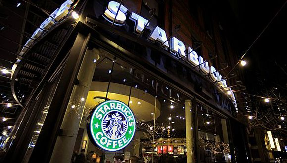 Starbucks quiere conquistar a clientes que gustan de las cervezas artesanales. (Bloomberg)
