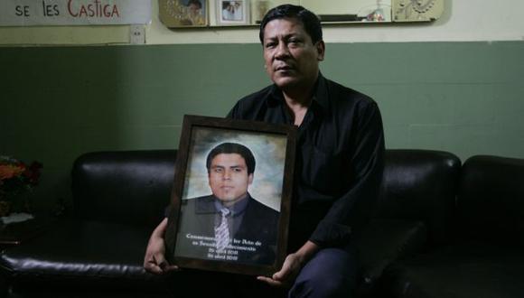 Padre de Gerson Falla sigue exigiendo justicia. (Perú21)