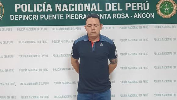 Edward Luis Carbajal Acuña (33) fue detenido en el hospital y pretendió hacer creer que su esposa sufrió una convulsión.