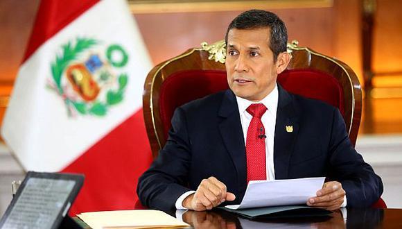 Ollanta Humala dio una entrevista anoche en su despacho de Palacio de Gobierno. (Andina)