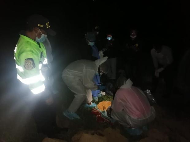 Parte de los restos del niño de tres años que fueron abandonados en bolsas en Huancavelica.(Foto: PNP)