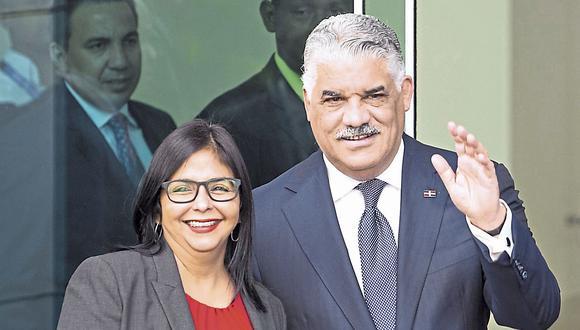 Negocian en Santo Domingo. (USI)