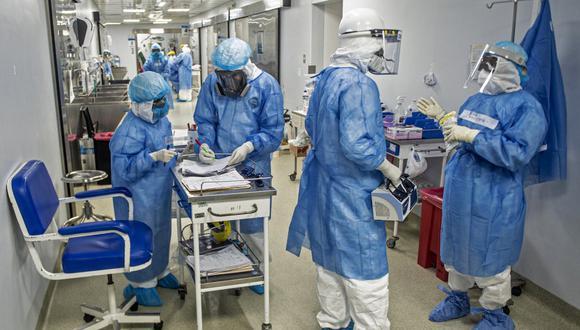 América es el continente con el mayor número de trabajadores de la salud infectados con coronavirus. (Foto: ERNESTO BENAVIDES / AFP)