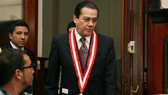 Enrique Mendoza interviene. (David Vexelman)