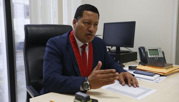 El fiscal superior Omar Tello indicó que existe contacto con el equipo que lidera Rafael Vela Barba (GEC).