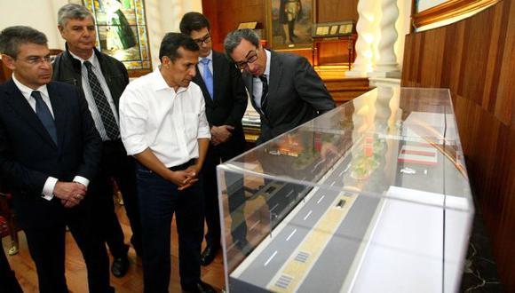 Ollanta Humala se reunió en Palacio de Gobierno con representantes de la empresa encargada de la construcción de la Línea 2 del Metro de Lima. (Andina)
