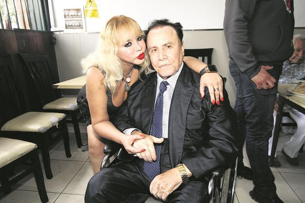 Susy Díaz aseguró que Augusto Polo Campos ya recibió los santos óleos (USI)