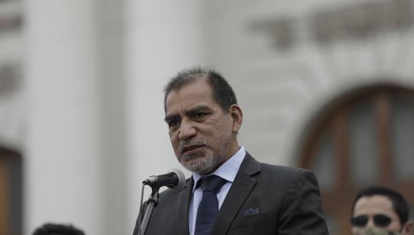 Luis Barranzuela ha sido cuestionado por sus antecedentes en la policía y por haber sido abogado de Perú Libre.  Foto: archivo GEC