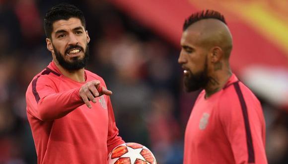 Arturo Vidal y Luis Suárez no figuran en los planes de Ronald Koeman. (Foto: AFP)