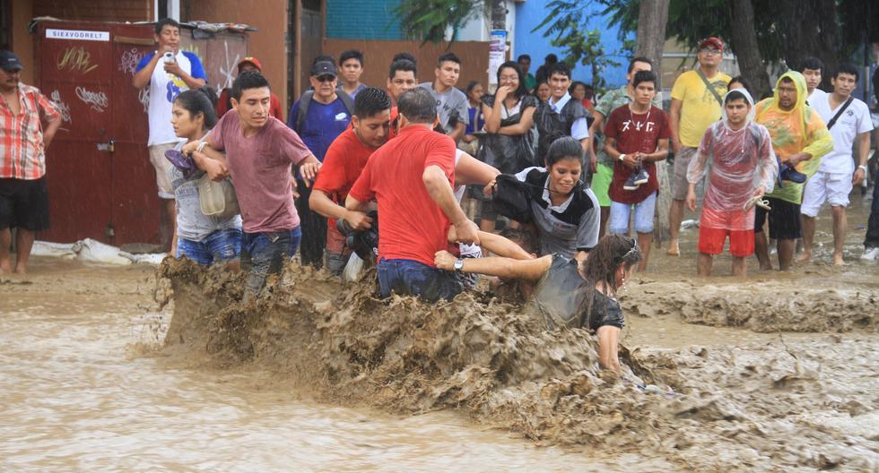 El desborde de la quebrada San Ildefonso generó siete huaicos en Trujillo.
