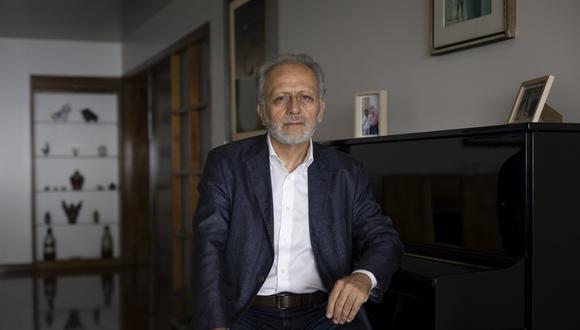 """Jorge Chávez Álvarez: """"Perder lo avanzado en democracia sería fatal"""". (Foto: Leandro Britto para El Comercio)"""