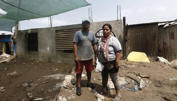 Giovanna Napa lo perdió todo por el huaico y espera ayuda. (Foto: Renzo Salazar)