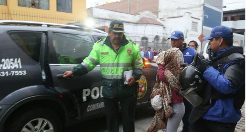 PNP interviene prostíbulo que funcionabafrente a un colegio en el Cercado de Lima. (Foto: PNP)