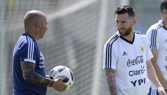 Lionel Messi vs. Jorge Sampaoli: columnista argentino revela conversaciones durante el Mundial Rusia 2018. (AFP)