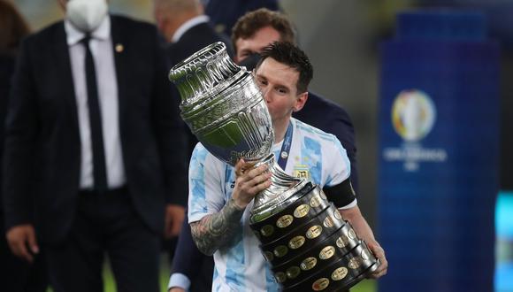 Lionel Messi se coronó campeón con la Selección Argentina por primera vez en su carrera. (Foto: Reuters)