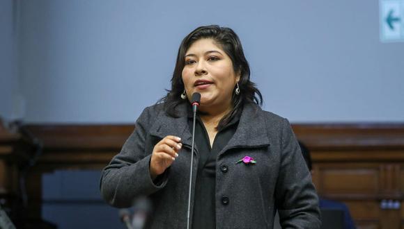 Betssy Chávez también es congresista por  Perú Libre. (Foto: Congreso)