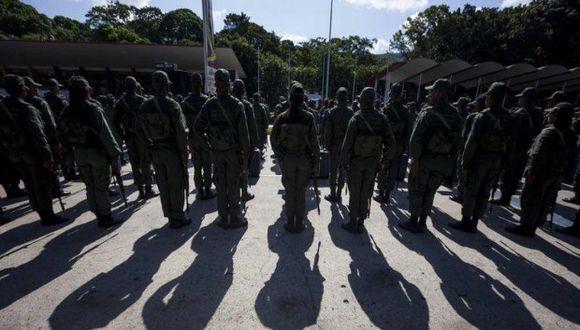 Militares de la Armada de Venezuela fueron apresados por orden de tribunal militar de Caracas por su presunta participación en plan de golpe de Estado. (Foto: EFE)