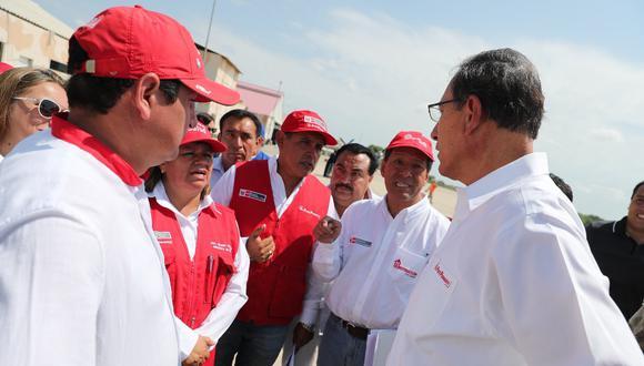 Martín Vizcarra anunció la construcción de un puente de 300 metros que estará listo en el 2020 (Foto: Presidencia)