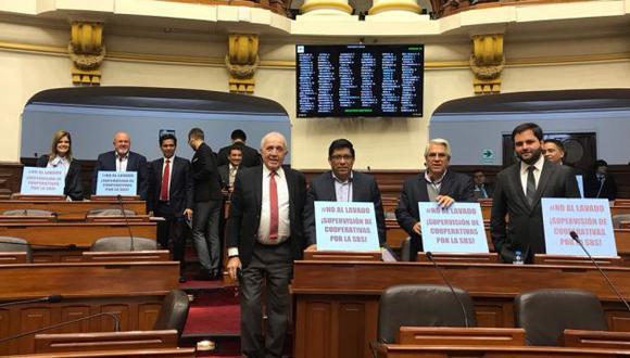 Congresistas exigen debate de ley para supervisar cooperativas