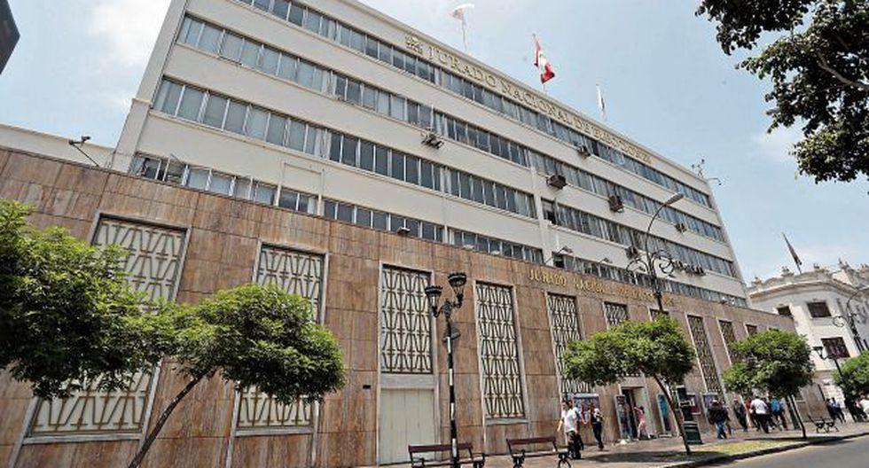 El Pleno del JNE resolverá cada caso en el más breve plazo para ratificar la decisión de los diversos JEE del país o rectificarla. (GEC)