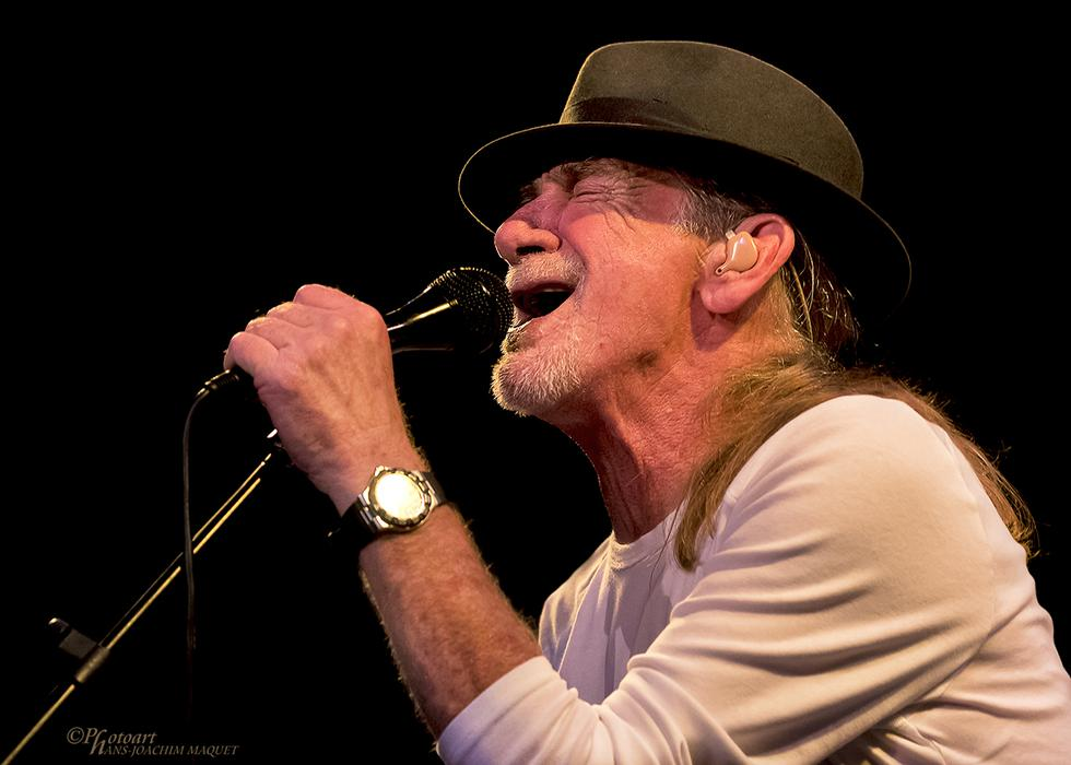Alex Ligertwood, vocalista principal de Santana, llegará a Lima (Difusión)